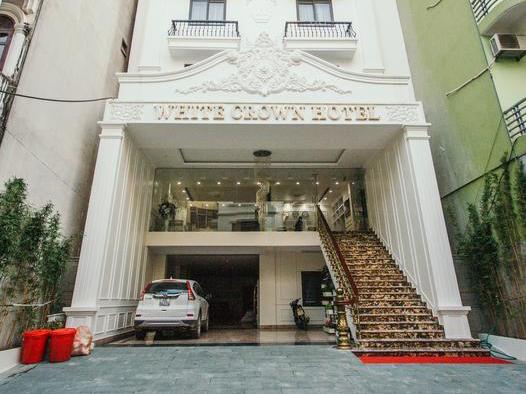 white-crown-hotel-2